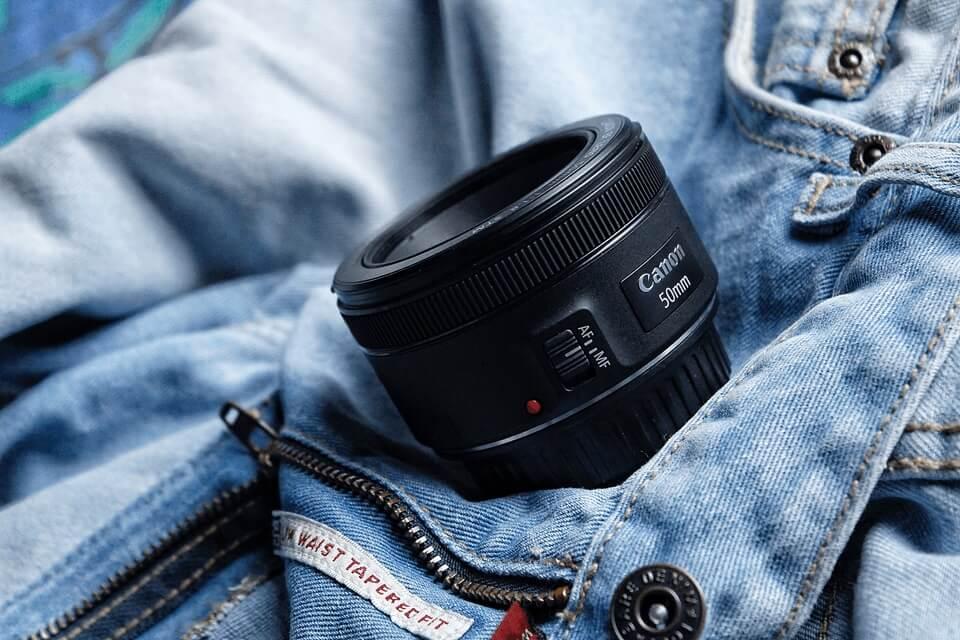 لنز دوربین استاندارد