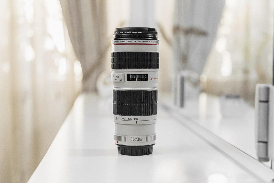 لنز دوربین تله فتو