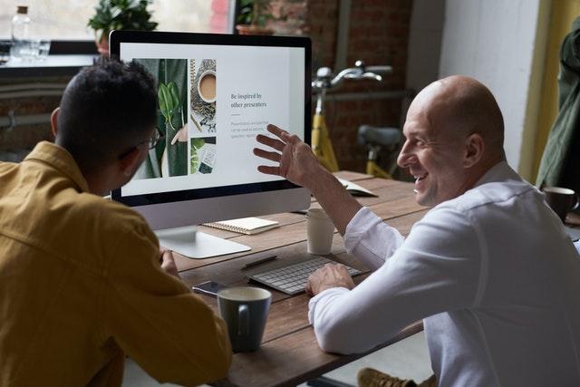 مدیریت ارتباط با مشتری در کلود