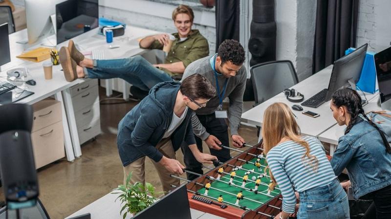 بازی در محل کار
